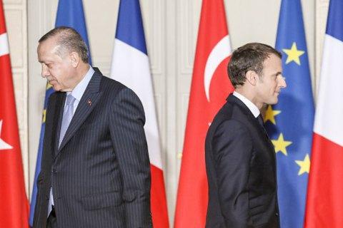 """Ердоган — Макрону: """"Перевір психіку!"""""""
