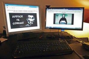 Хакери Anonymous оголосили владі війну через мову