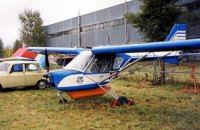 Под Харьковом упал одномоторный самолет, пилот сломал ногу
