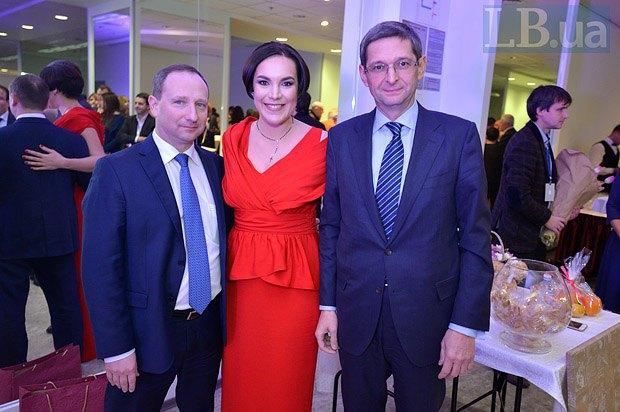 Игорь Райнин, Соня Кошника, Виталий Ковальчук (справа)