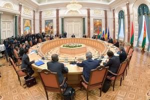 Порошенко предложил вернуться к его мирному плану