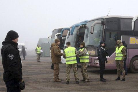На окупованих територіях Донбасу незаконно утримують 184 людей, - СБУ