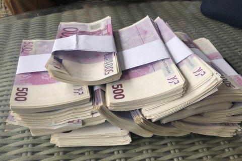 В Киеве задержали фальшивомонетчиков почти с 1 млн поддельных евро