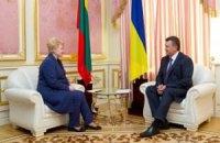 Янукович отпустил Грибаускайте после двухчасовой беседы