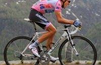 """Легендарный испанский велосипедист продает свой байк, на котором выиграл """"Тур де Франс"""", чтобы помочь с пандемией"""