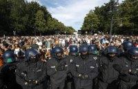 Під час акції проти карантинних обмежень в Берліні постраждали 18 поліцейських