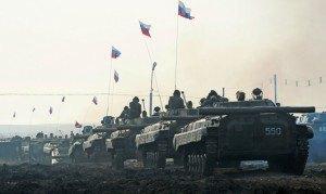 Колони військової техніки зайшли у Луганськ, - активіст