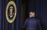 """Трамп в останній день президентства планує амністувати близько 100 осіб, його соратники """"продають"""" місця в списку, - ЗМІ"""