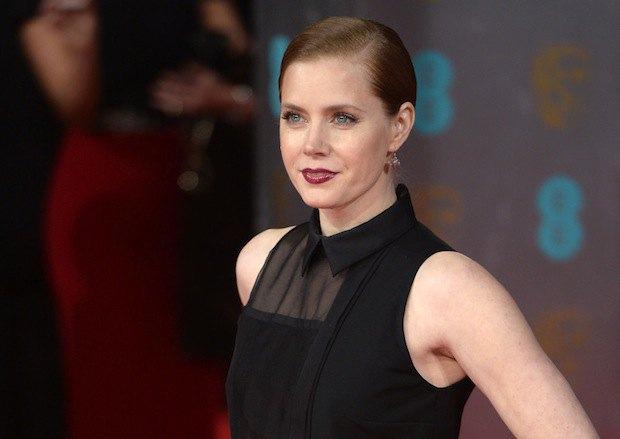 """Эми Адамс номинировалась за главную роль в """"Афере по-американски"""""""