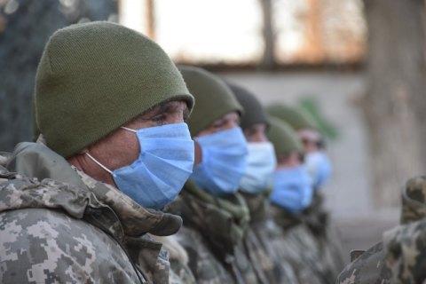 Украинцы больше всего доверяют армии, волонтерам и церкви, - опрос
