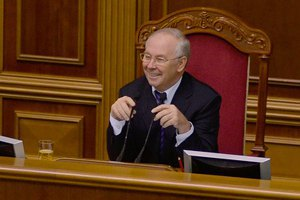 Янукович согласился на создание коалиционного правительства, - Рыбак