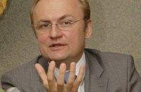 Садовый хочет сократить состав Львовского горсовета на 30 депутатов