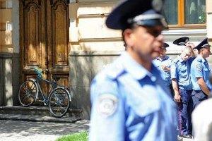 В Виннице хулиган покусал милиционера