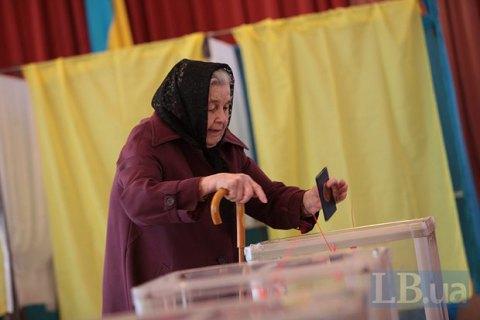 Двоє людей померли на виборчих дільницях