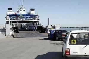 Росія хоче запустити потяг до Криму через Керченську переправу