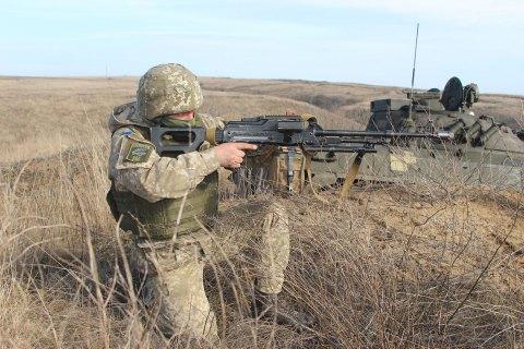 На узбережжі Азовського моря десантники провели бойові навчання