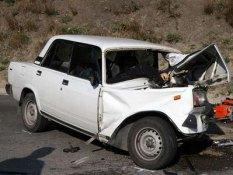 У буферній зоні біля Докучаєвська зіткнулися два автомобілі, є жертви