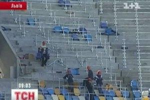За день до открытия львовский стадион напоминает строительную площадку