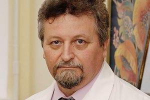 Директором Института нейрохирургии избрали ученого, который в 90-х обещал пересадить голову