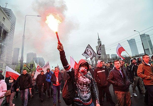 Митинг польских националистов против мигрантов и исламизации Европы, апрель 2016