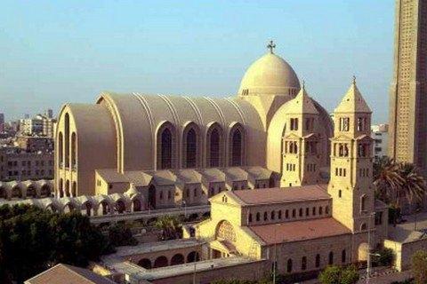 При взрыве в коптском соборе в Каире погибли 20 человек