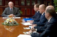 Лукашенко дважды созвонился с Путиным и поручил найти альтернативу российской нефти