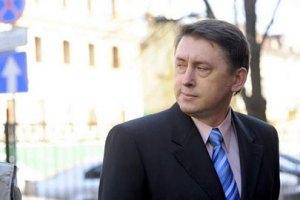 Мельниченко дает показания без адвоката