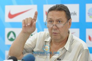 Коньков не бере участі в діяльності ФФУ і абсолютно її не контролює, - Попов