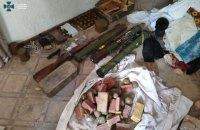 Контррозвідка СБУ знешкодила на околиці Мар'їнки схрон із вибухівкою