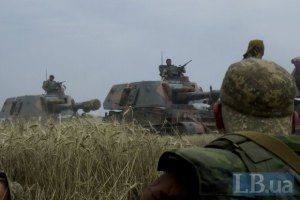 Нацгардия уничтожила КамАЗ с боевиками