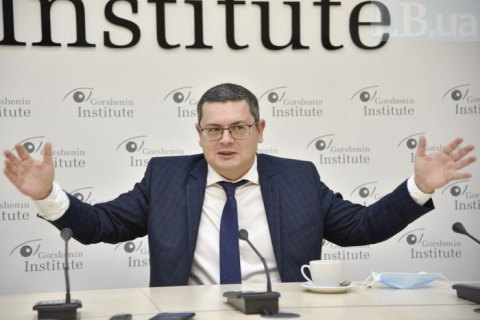 Мережко: мы не можем лишить гражданства тех, кто получил российский паспорт в Крыму и на Донбассе