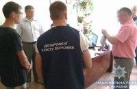 Керівник шепетівського коледжу попався на хабарі