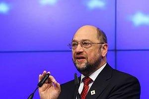 Шульц: сила не должна быть использована против европейских стремлений