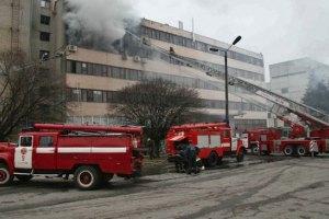 Прокуратура объявила в розыск подозреваемого по делу о пожаре в Харькове