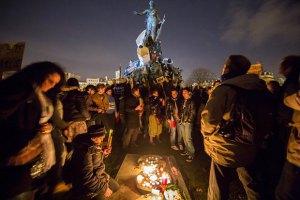 Вандали осквернили меморіал, присвячений жертвам теракту в Парижі