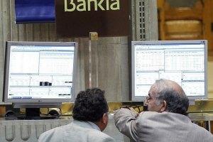 Іспанські вкладники масово знімають гроші з депозитів