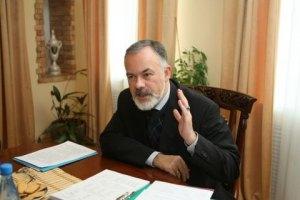 Учителі літератури збунтувалися проти Табачника