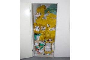 У німецького листоноші виявили тисячі посилок і листів