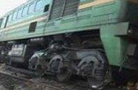 Поезд Львов – Черновцы врезался в трактор