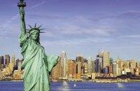 В Нью-Йорке из-за взрыва баллонов возле статуи Свободы эвакуировали 3,4 тыс. человек