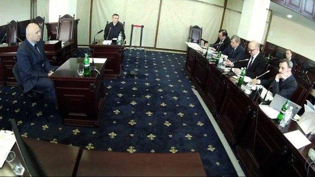 Скандальний Олег Голяшкин на ВККС