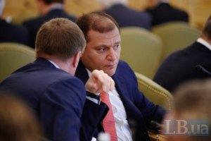 Добкин: местная власть берет деньги в долг, чтобы выплатить зарплаты
