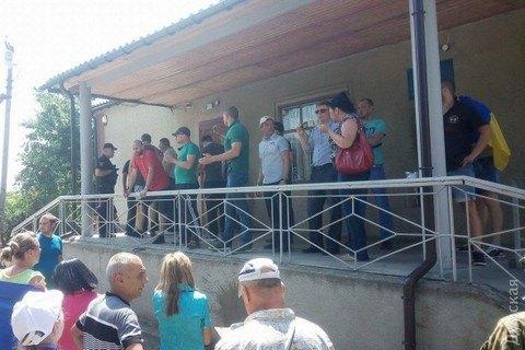 ВОдесской области суд забросали «коктейлями Молотова»