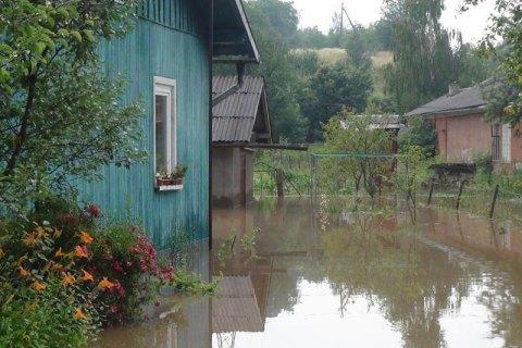 На Прикарпатті через негоду підтоплено понад 200 житлових будинків