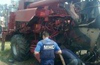 Зерновий комбайн підірвався на міні у Донецькій області