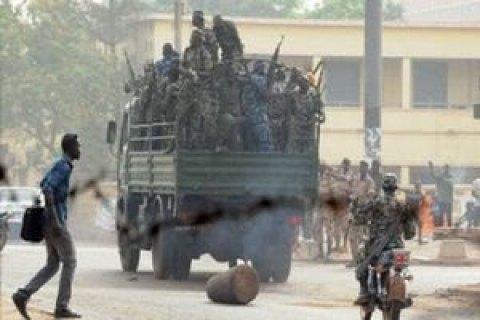 Теракт в военном лагере в Мали: около 50 погибших (Обновлено)