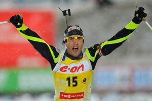 Биатлон. Фуркад в Ханты-Мансийске выиграл 8-ю гонку в сезоне