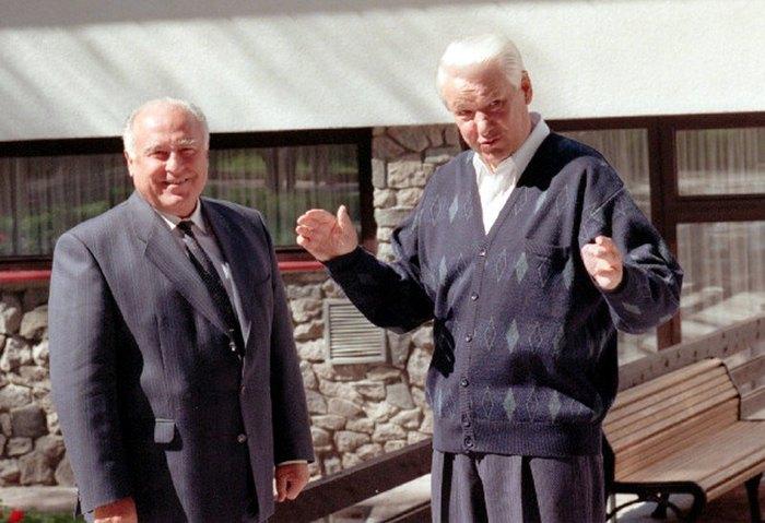 Борис Ельцин и Виктор Черномырдин