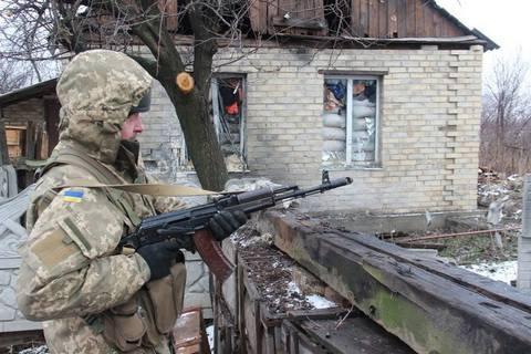 Штаб АТО отметил снижение интенсивности обстрелов в пятницу