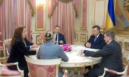 Янукович встретился с содокладчиками ПАСЕ